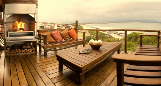 Beach Music Jeffreys Bay Penthouse outdoor barbecue